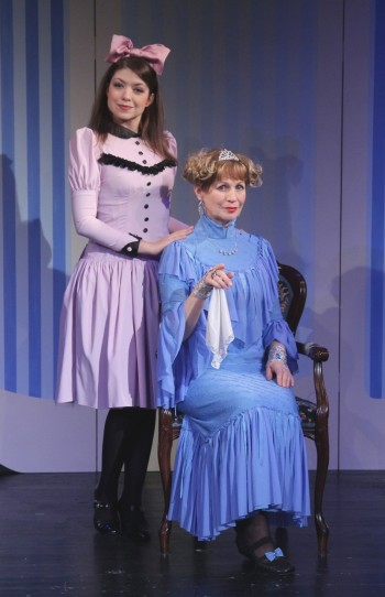 Levandule (Lavender), role Levandule and miss Suzi, Theatre Semafor, photo Dušan Dostál